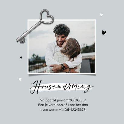 Verhuiskaart new home sleutel nieuwe woning foto hartjes 2