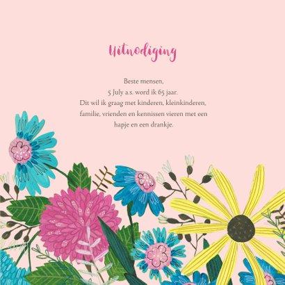 Verjaardagsfeestje 65 jaar bloemen en vogel 3