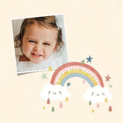 Verjaardagskaart 1 jaar met regenboog, zonnetje en wolkjes 2