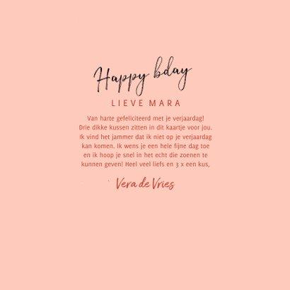 Verjaardagskaart 3x een kus, confetti en happy bday op roze 3