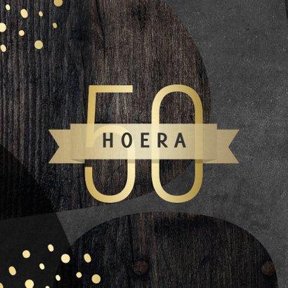 Verjaardagskaart 50 jaar goud met krijtbord en hout abstract 2