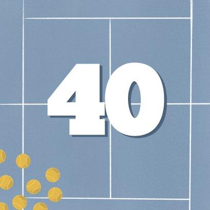 Verjaardagskaart blauw tennisveld aanpasbare leeftijd 2