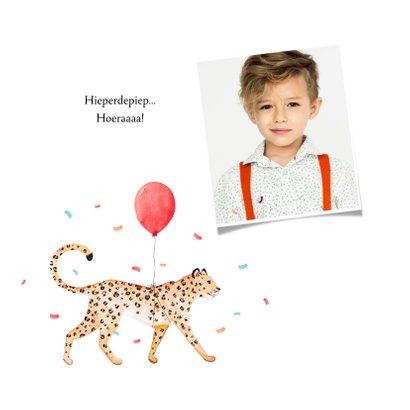 Verjaardagskaart confetti luipaard jungle ballon feestbeest 2