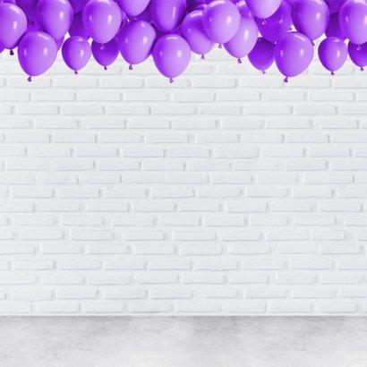 Verjaardagskaart Je eerste of zesde keer 28 worden.  2