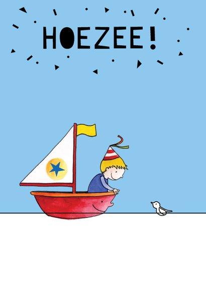 Verjaardagskaart jongen in bootje op zee 2
