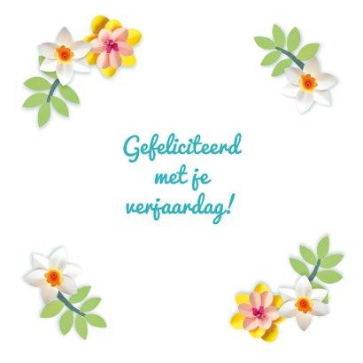Verjaardagskaart met foto en bloemenkrans 3