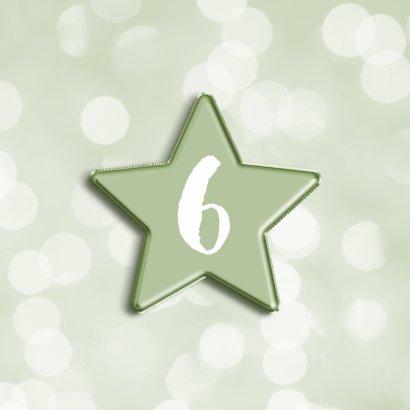 Verjaardagskaart met groene folieballon ster en foto 2