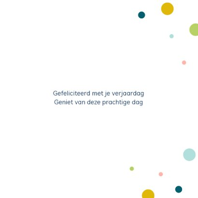 Verjaardagskaart met kleurrijke confetti 3