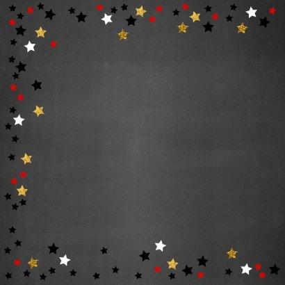 Verjaardagskaart met naam krijtbord en sterren 2