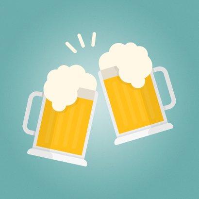 Verjaardagskaart met proostende bierglazen Cheers! 2