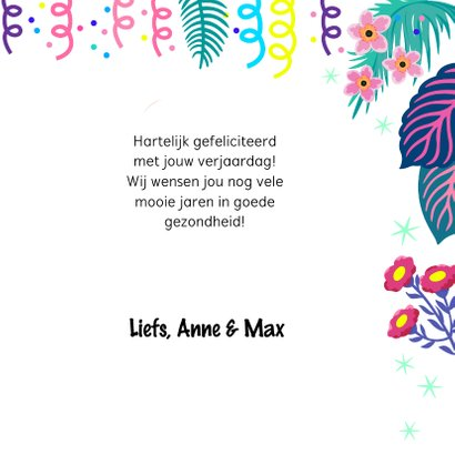 Verjaardagskaart met vrolijke flamingo, slingers en bloemen 3