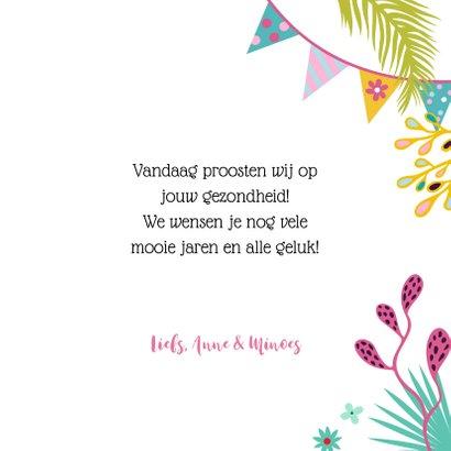 Verjaardagskaart met vrolijke kat, champagne en planten 3