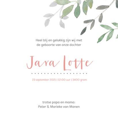 Vierkant geboortekaartje met groene en roze takjes 3
