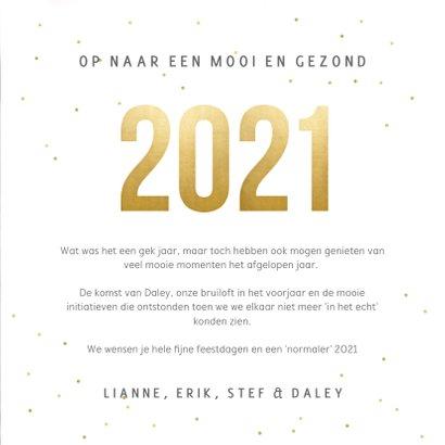 Vierkante nieuwjaarskaart fotocollage met terugblik op 2020 3