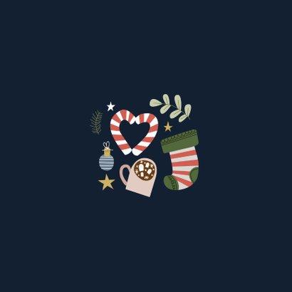 Vrolijke en hippe kerstkaart met kerst illustraties Achterkant