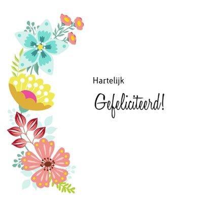 Vrolijke en kleurrijke verjaardagskaart met bloemenkrans 2