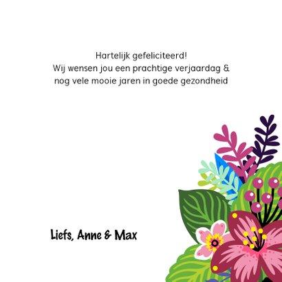 Vrolijke en kleurrijke verjaardagskaart met hond en bloemen 3
