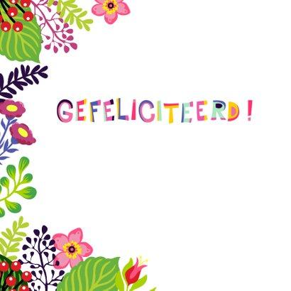 Vrolijke en kleurrijke verjaardagskaart met vosje en bloemen 2