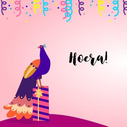 Vrolijke en stijlvolle verjaardagskaart met pauwen  2