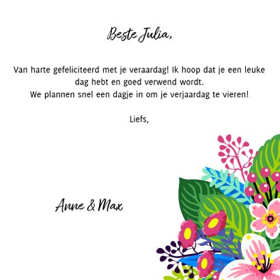 Vrolijke, kleurrijke verjaardagskaart met unicorn en bloemen 3