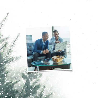 Zakelijke kerstkaart christmas met kerstbomen en sneeuw 2