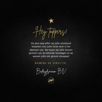 Zakelijke kerstkaart ellebooggroet kersttrui goud sterren 3