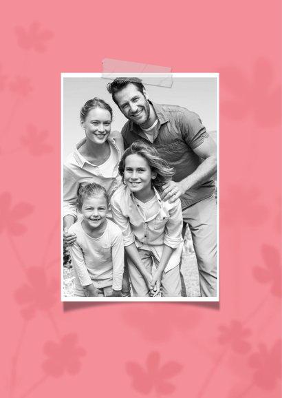Zomaar kaartje veel liefs roze bloemen foto dikke knuffel 2