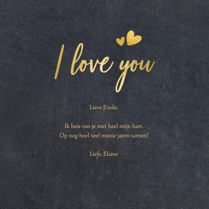 Zwarte liefdeskaart met een eigen foto in hart vorm en goud 3