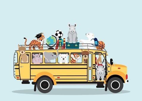 Back to School kinderkaart met schoolbus vol dierenvrienden 3