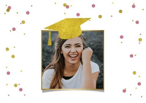 felicitatiekaart-geslaagd-examen-trots-meisje-confetti 2