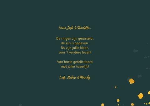 Felicitatiekaart huwelijk gouden 'mr & mrs' met confetti 3