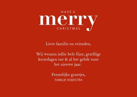 Fotokaart in kerstlook en 'merry' in rode letters 3
