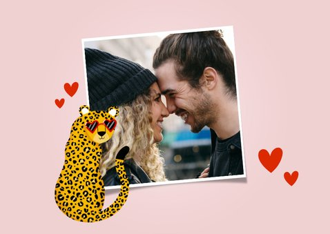 Grappige valentijnskaart panter met zonnebril hartjes & foto 2