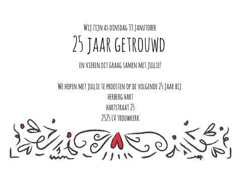 Jubileum uitnodigingskaart 25 jaar getrouwd hartjes 3