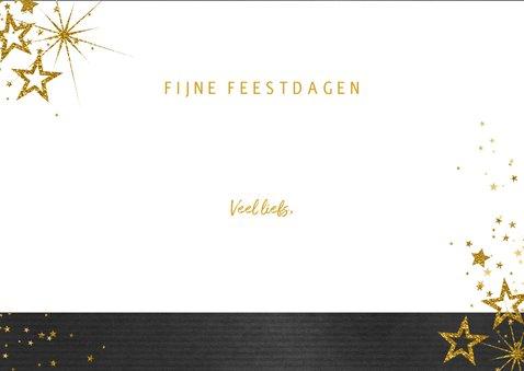 Kerstkaart feestelijk zwart met gouden sterren en 3 foto's 3