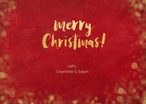Kerstkaart met rode achtegrond, en gouden kerstboom letters 3