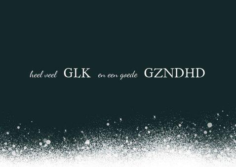 Kerstkaart modern, groen met sneeuw en moderne typografie 3