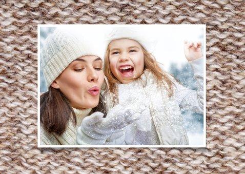 Kerstkaart Sending Warm Wishes breiwerk bruin 2