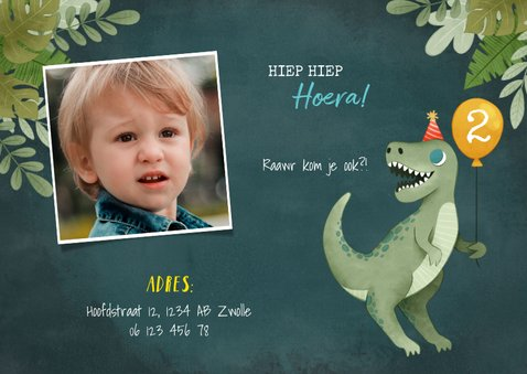 Leuke uitnodiging kinderfeestje met dino, ballon en jungle 2