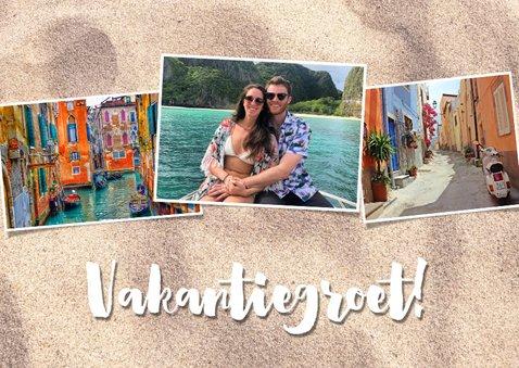 Leuke vakantiekaart met fotocollage, zand en typografie 2
