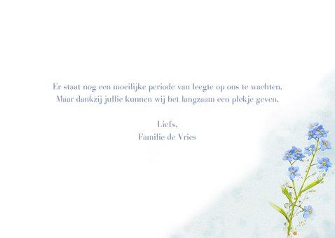 Lieve bedankkaart met afbeelding van Vergeet-mij-nietje 3