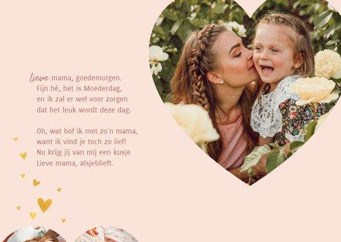 Lieve moederdagkaart met gouden hartjes en foto in hartvorm 2