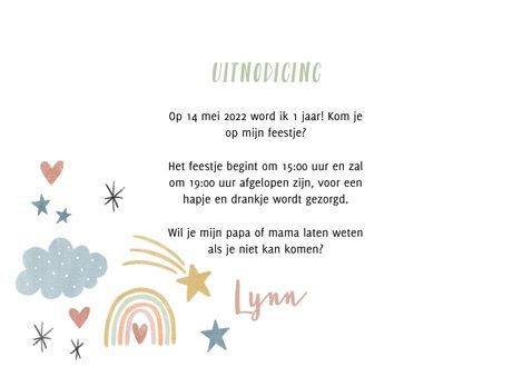 Lieve uitnodiging eerste verjaardag regenboogjes en hartjes 3