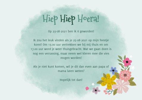 Lieve uitnodiging kinderfeestje met eenhoorn, bloemen & foto 3