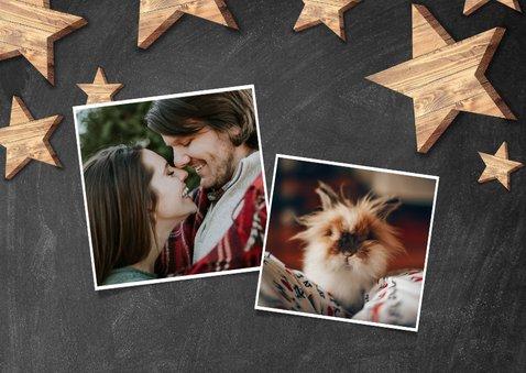 Moderne kerstkaart houten sterren en Merry Christmas 2