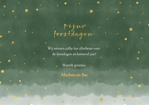 Moderne kerstkaart met goud typografie en  groene waterverf 3