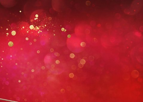 Rode kerstkaart met foto aan koord 2