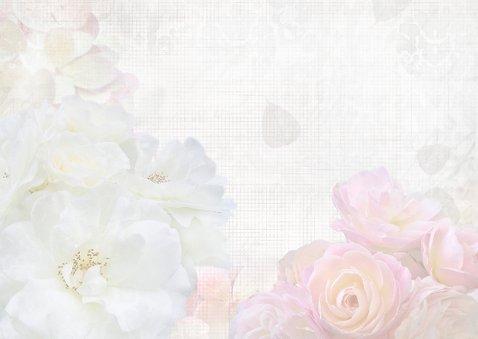 Sara met witte en roze rozen 3