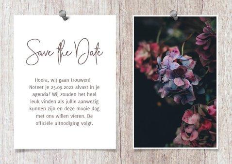 Save the date kalender hout met foto's en spijkers 3