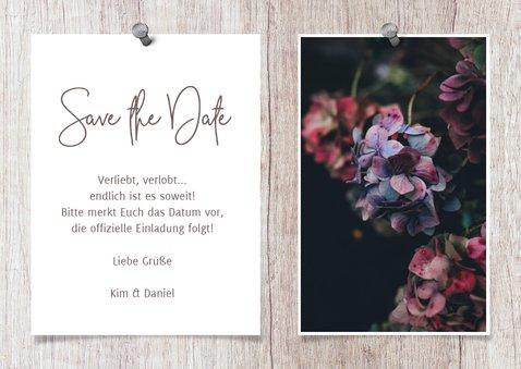 Save-the-Date-Karte zur Hochzeit Fotos auf Holz 3